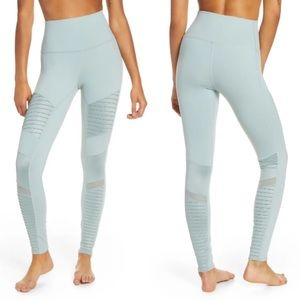 Alo Yoga High Waisted Moto Legging Laurel Size S